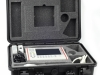 Ecógrafo portátil para una ecografía total, dentro de un resistente maletín